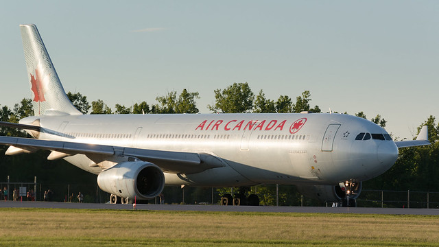Air Canada Heavy Lineup