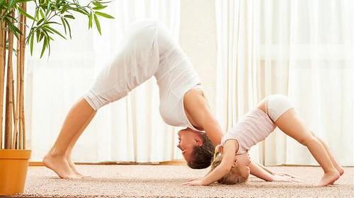 Parent Child Yoga | by Stephanie Riddell