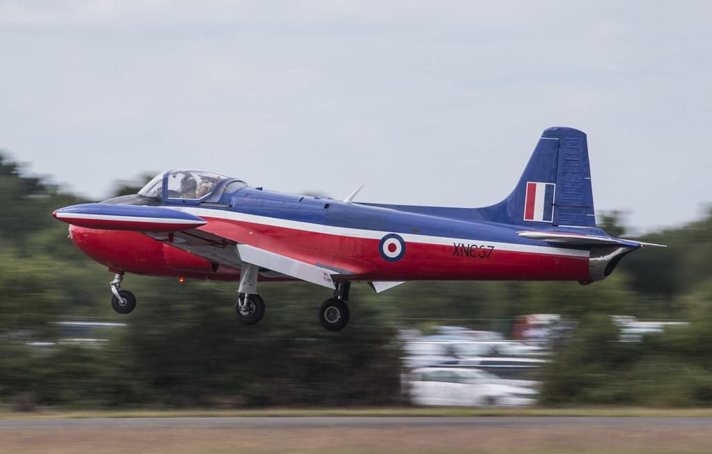 EGLK - Hunting-Percival Jet Provost T3 - XN637