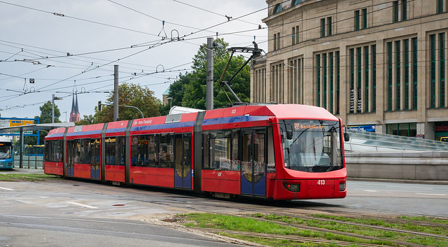 Chemnitz tramway: 6NGT-LDZ # 413