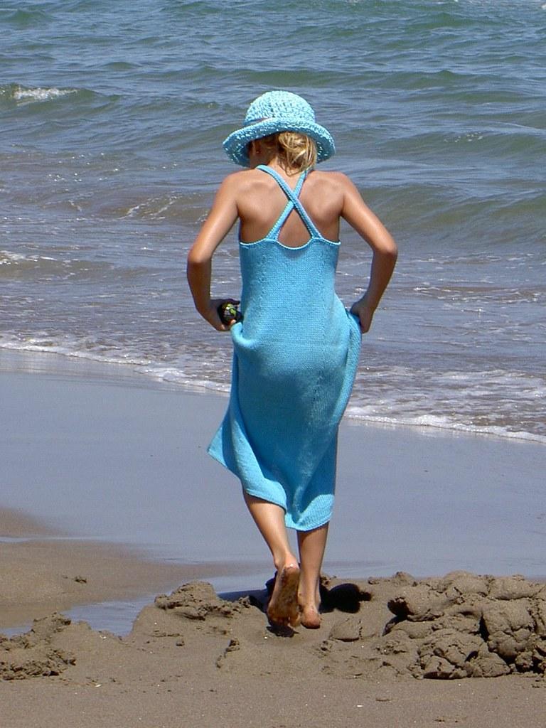 Strandkleid mit Hut