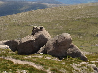 Boulders near the summit of Ben Avon | by malky_c