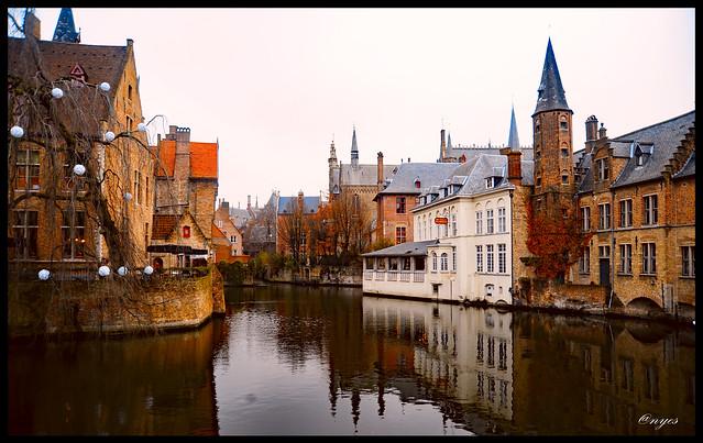 Bruges' winter colours