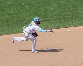 Jose Reyes turns double play