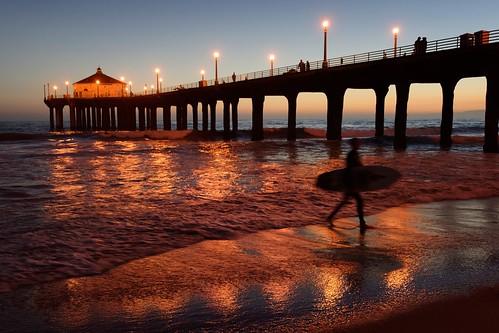 vantagepoints roundhousemarinestudieslab manhattanbeachboulevard sunsetsurfer southbay elsegundo pacificcoast bluehourbeach californiabeach sunset california manhattanbeach d810 nikongp1 nikoncapturenx2