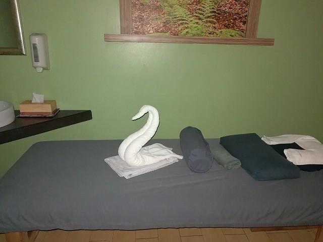 <p>ベッドはこんな感じです。</p>