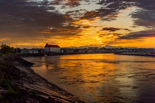 petitcodiac river moncton dieppe new brunswick sunrise