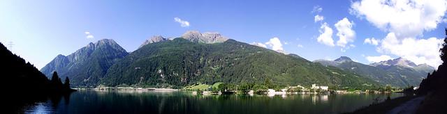 Montagne sopra il Lago di Poschiavo