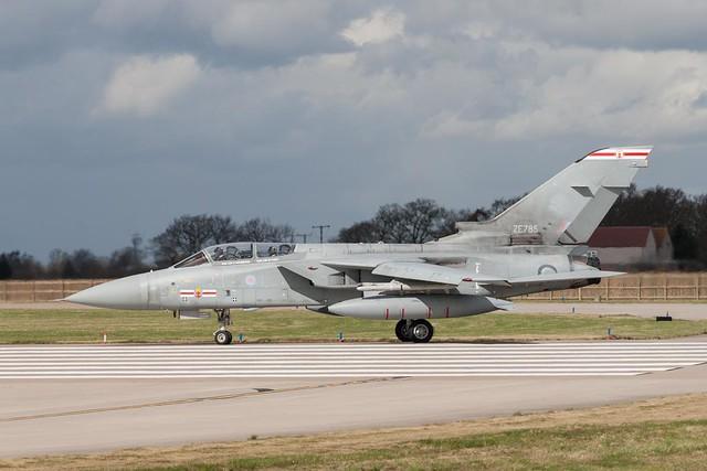 ZE785  Tornado F3  RAF  41(R) Sq FJWOEU