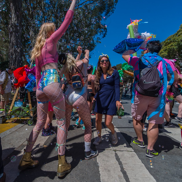 Bay To Breakers 2017: Aflame Gallants Monotony