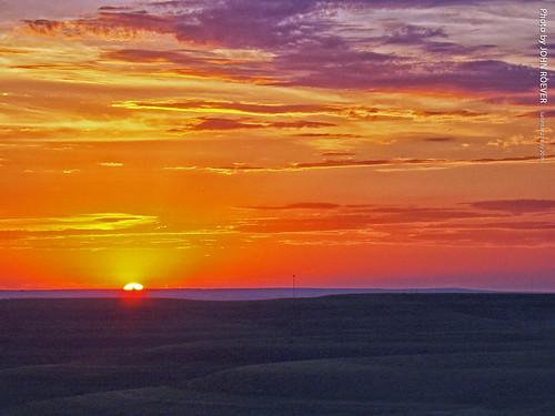wabaunseecounty kansas usa sunset sun sunsetting flinthills prairie landscape 2016 july july2016 evening