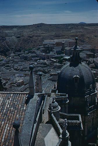 Vista desde la Catedral de Toledo en los años 50. Fotografía de Nicolás Muller  © Archivo Regional de la Comunidad de Madrid, fondo fotográfico