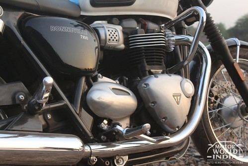 Triumph Bonneville T100 Road Test Review