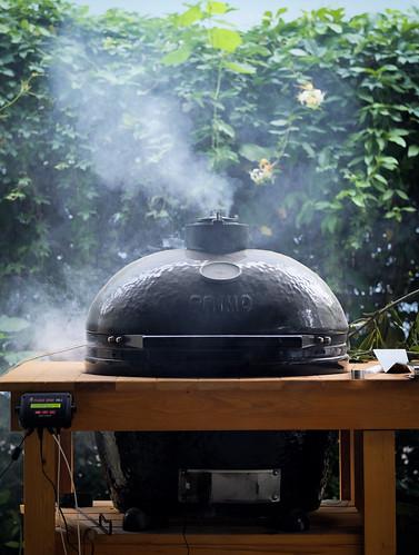 Smoking a brisket | by Lars Plougmann
