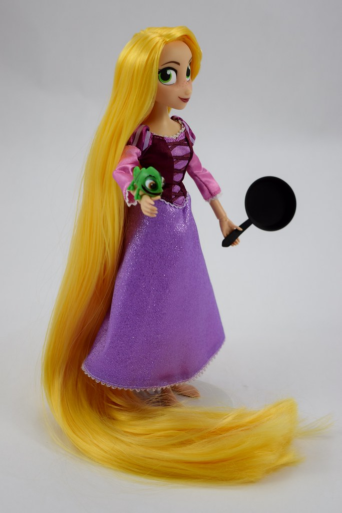 Disney Store Authentic Rapunzel Adventure Doll Tangled The Series