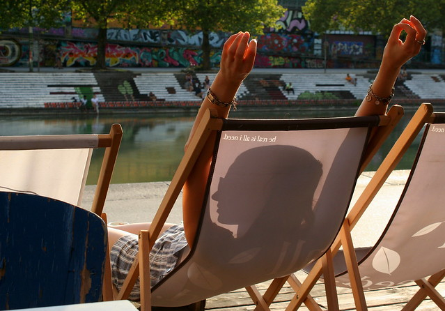 Relaxing at the Donaukanal