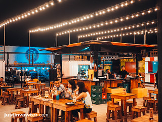 Iron Cabana Food Park   by justinvawter.com