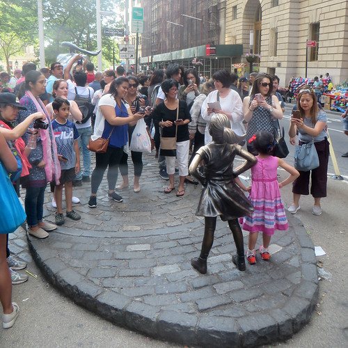 Fearless Girl Reaction | by edenpictures