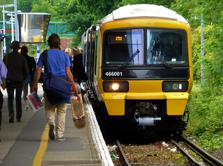Boarding the train 466001 Grove Park to Bromley North | by train_photos