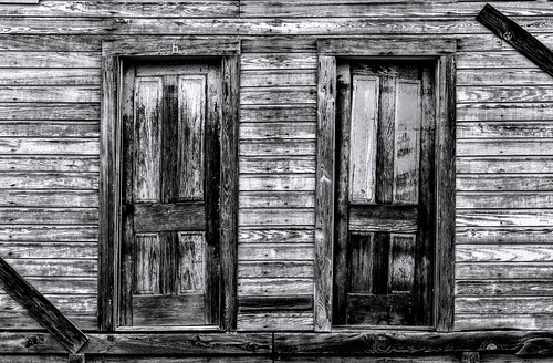 6d abandoned bigthicket canon ef2470f28l eos summer texas topazlabs vintage weathered antique beautiful historic blackandwhite bw monochrome wood decay old naturallight outdoor lines details mood
