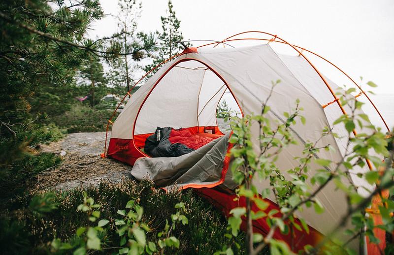 2 hengen teltta