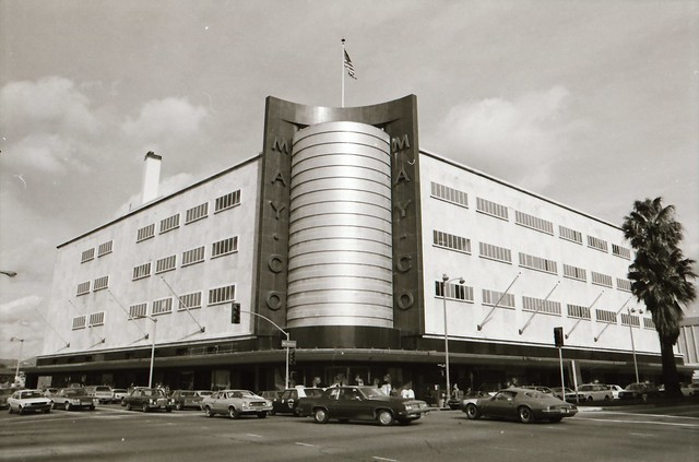 The fabulous Streamline Moderne May Company department store