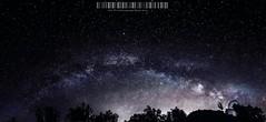 Vía Láctea sobre el observatorio de Castelltallat