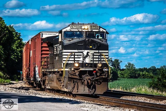Westbound NS Auto Train at Camden, MO
