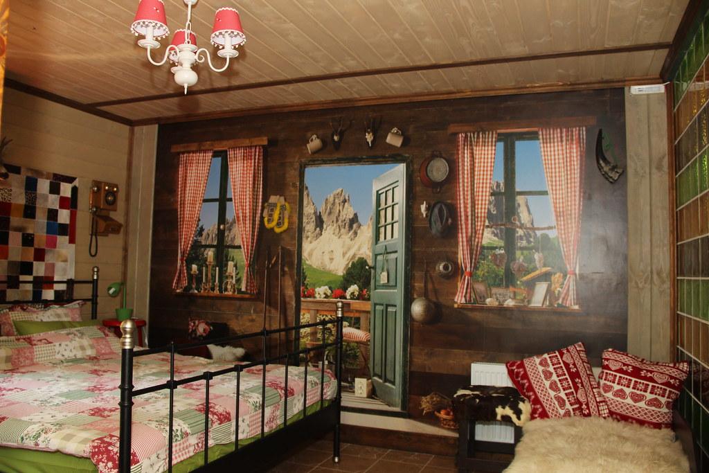 Трёхместный улучшенный номер, размещение 2 + 1, с завтраком, отель Баден Баден в Архипо-Осиповке