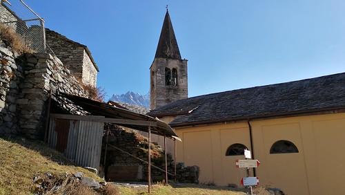 La chiesa di Savogno