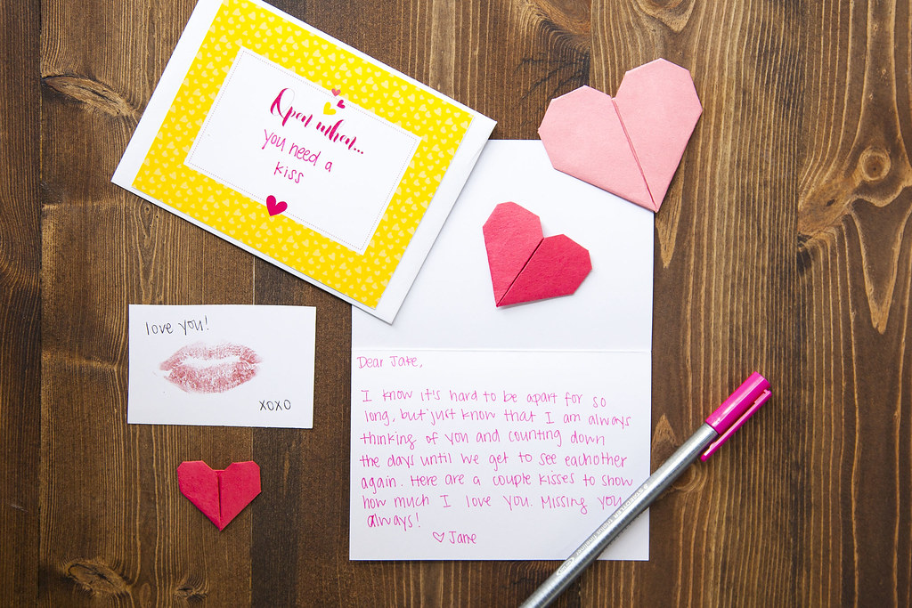 handwritten love letter with heart and kisses | Open When Le