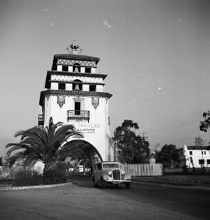 Aplin: Agua Caliente Tower, Tijuana 1951