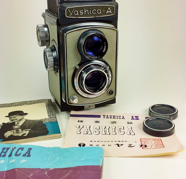 Yashica A III Twin-Lens Reflex camera... 1959