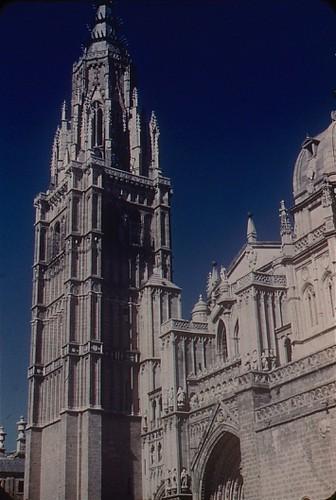 Catedral de Toledo en los años 50. Fotografía de Nicolás Muller  © Archivo Regional de la Comunidad de Madrid, fondo fotográfico