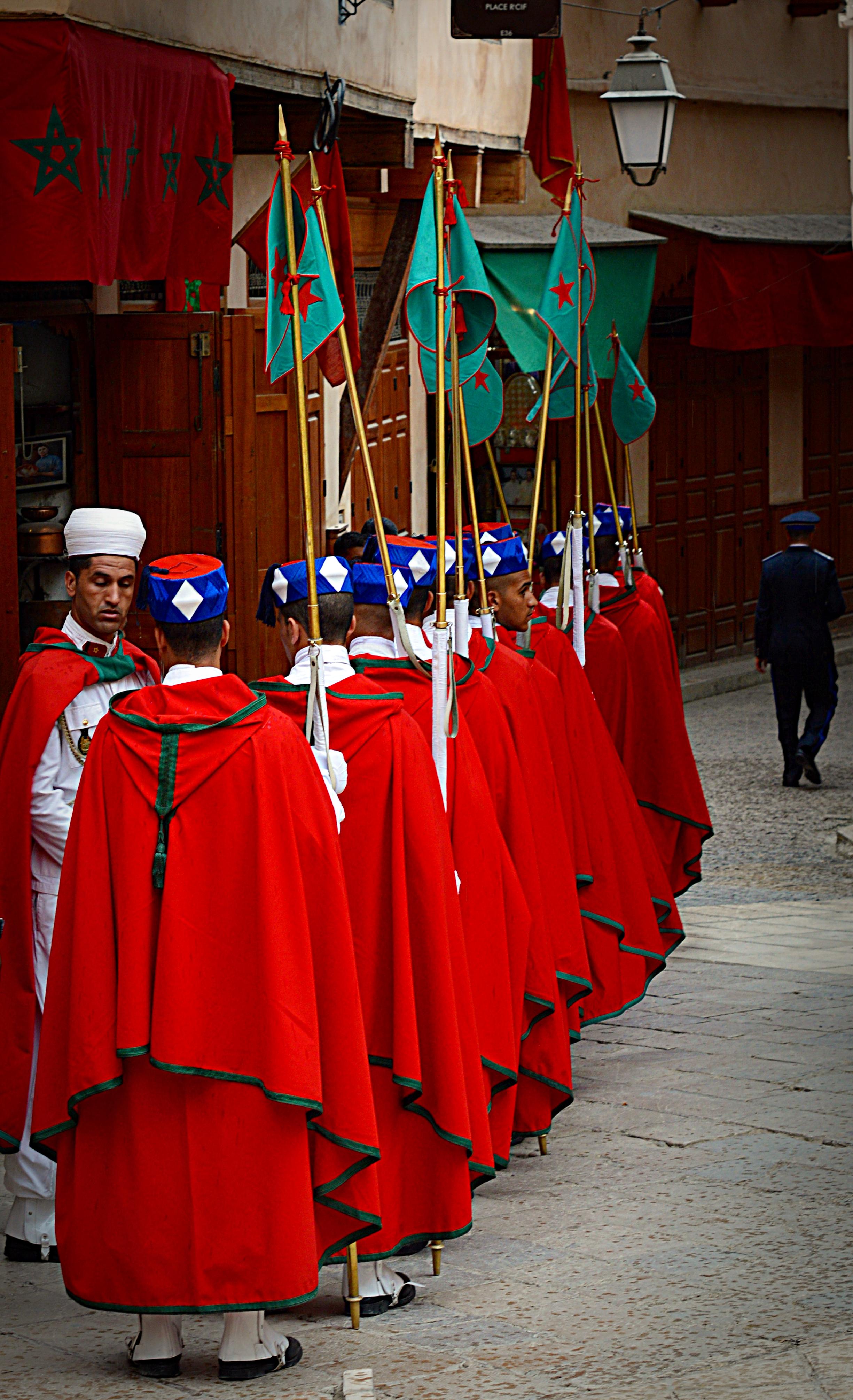 La Garde Royale Marocaine / Moroccan Royal Guard - Page 13 34842754756_d3b3e203e3_o_d