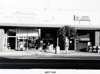 Santa Cruz Avenue - South Side, front