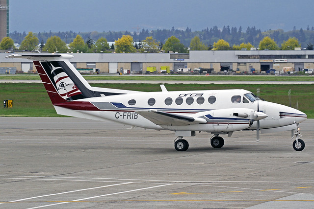 Orca Airways Ltd Beechcraft Super King Air 200 C-FRIB YVR 17-05-17