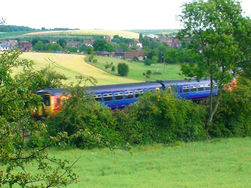 Train passing into Whitwell ( Derbyshire ) Tunnel