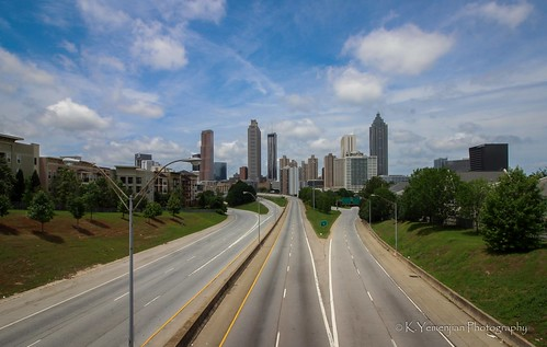 atlantaga downtownatlanta georgia georgiausa walkingdead city landscape traffics ghost ghostcity building towers street bridge empty evacuation evacuated bluesky clearsky clouds details trees green ghosttown canon highway lane t5i canont5i 700d canon700d placescity curfew thewalkingdead stayhome zombie lockdown atlanta