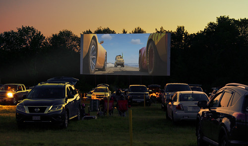theater drive drivein cars park lot grass night movie sunset parking massachusetts newengland summer america nikon nikkor d500 chancyrendezvous davelawler blurgasm lawler