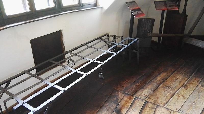 Torture_Room-9