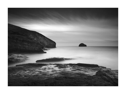trebarwithstrand cornwall coast island rocks seascape monochrome blackandwhite longexposure