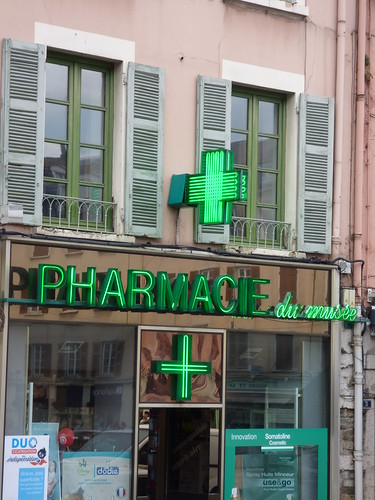 Pharmacie - Place de Miremont, Vienne - green cross   by ell brown
