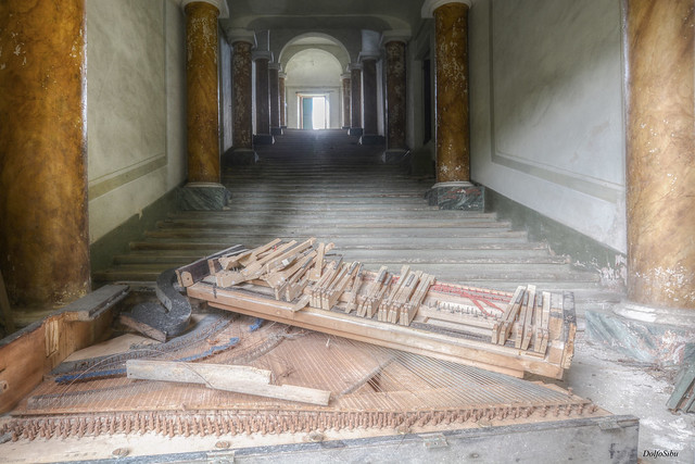 Destroyed piano