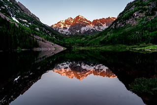 Maroon Bells at sunrise, Aspen Colorado | by Lorie Shaull