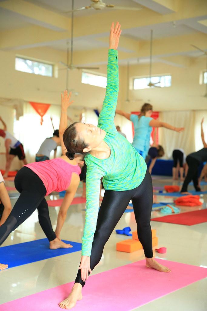 Hatha Yoga Teacher Training In Rishikesh India Jivan Chakr Flickr