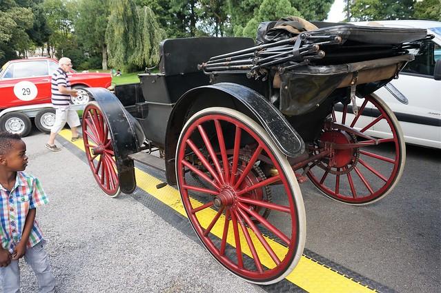 automobile LACROIX et LAVILLE