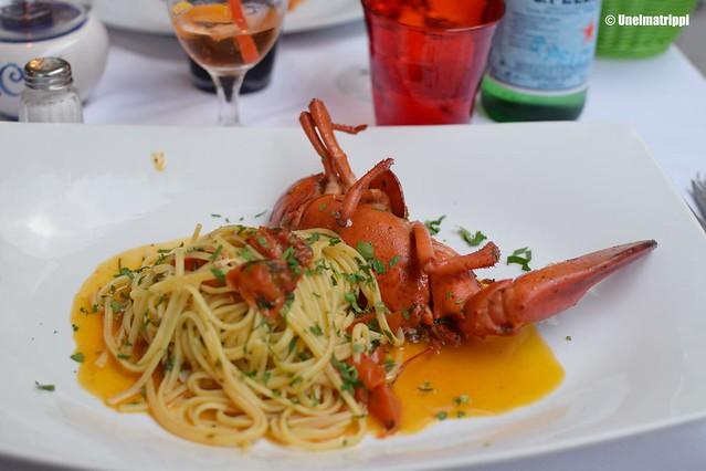 Pasta-annos hummerilla Capricci-ravintolassa