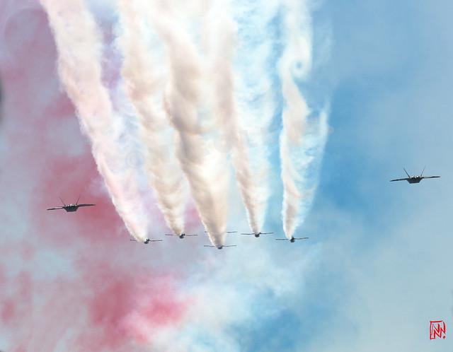 La patrouille acrobatique des Thunderbirds, invitée pour le défilé aérien  du 14 juillet 2017. Depuis le toit de la Grande Arche réouvert il y a à peine un mois ! 4/4