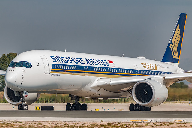 Singapore Airlines A350-941 9V-SMF